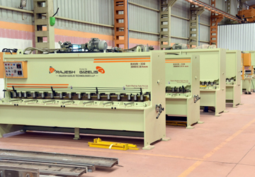 Sheet Metal Cutting and Bending and Rolling Machines Exporter